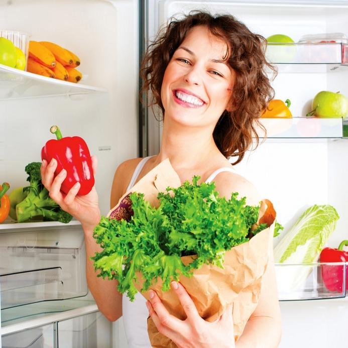 Fitnessstudio mit Ernährungsplan mit gesunden Lebensmitteln